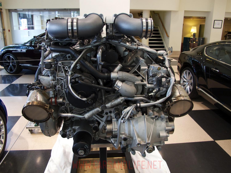 bugatti veyron w16 engine and gearbox at hr owen london bugatti veyron w12 engine 01 bugatti veyron w12 engine 02