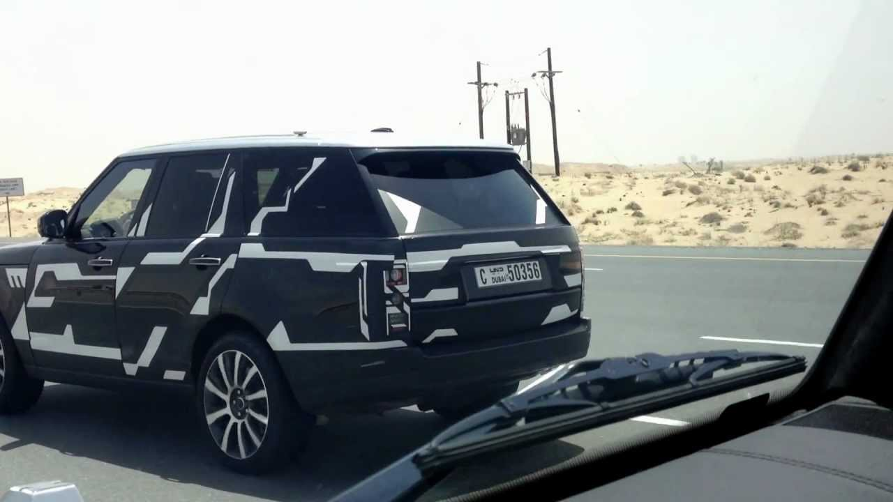 New range rover caught by a mercedes benz g55 amg cars for Mercedes benz amg range