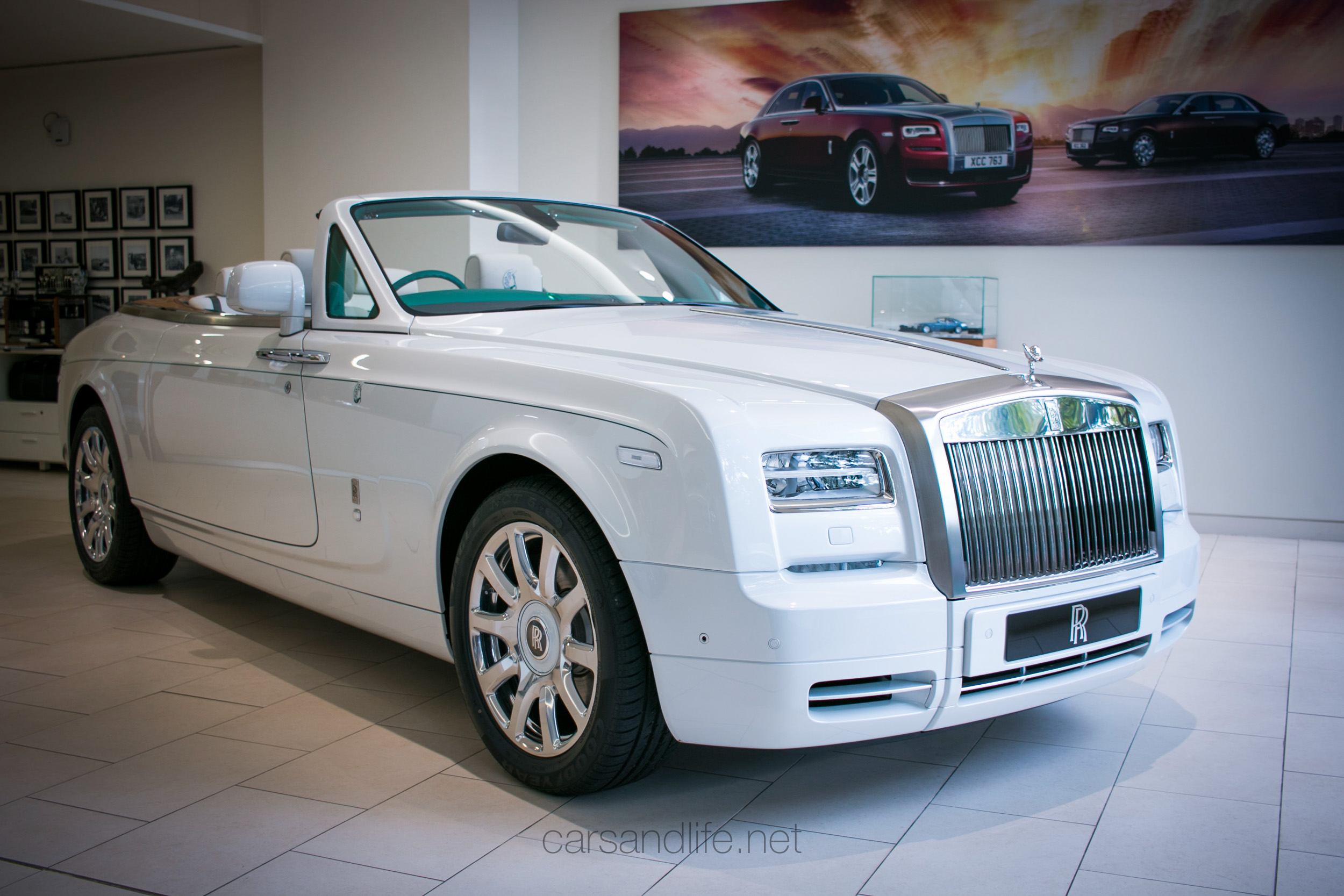 rolls royce peacock mahajara phantom drophead coupe. Black Bedroom Furniture Sets. Home Design Ideas