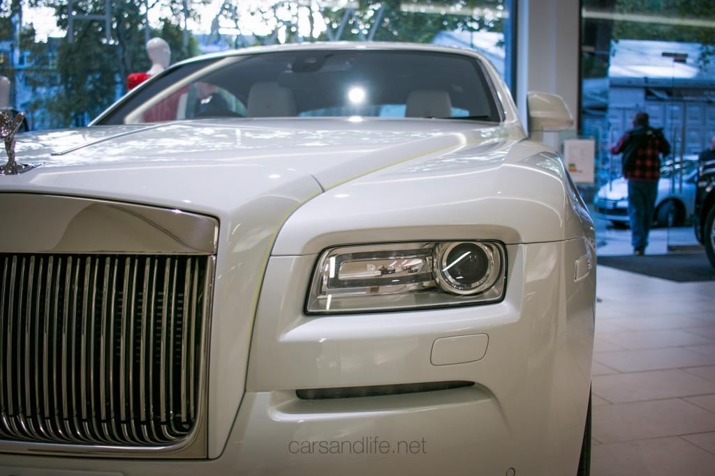 Rolls Royce Wraith Inspired by Fashion HR Owen