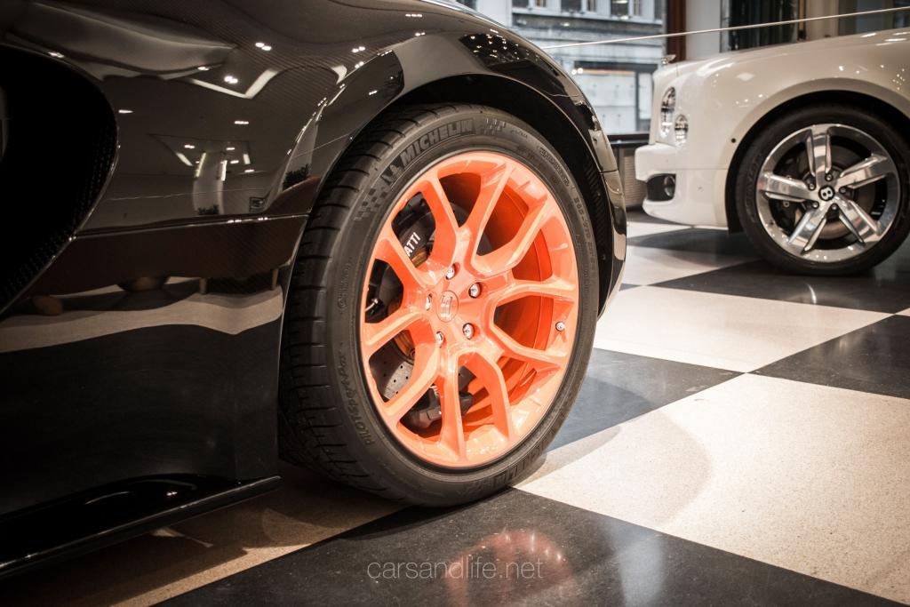 bugatti veyron tyres price bugatti tire price bugatti tire price bugatti veyron eb16 4 tires. Black Bedroom Furniture Sets. Home Design Ideas