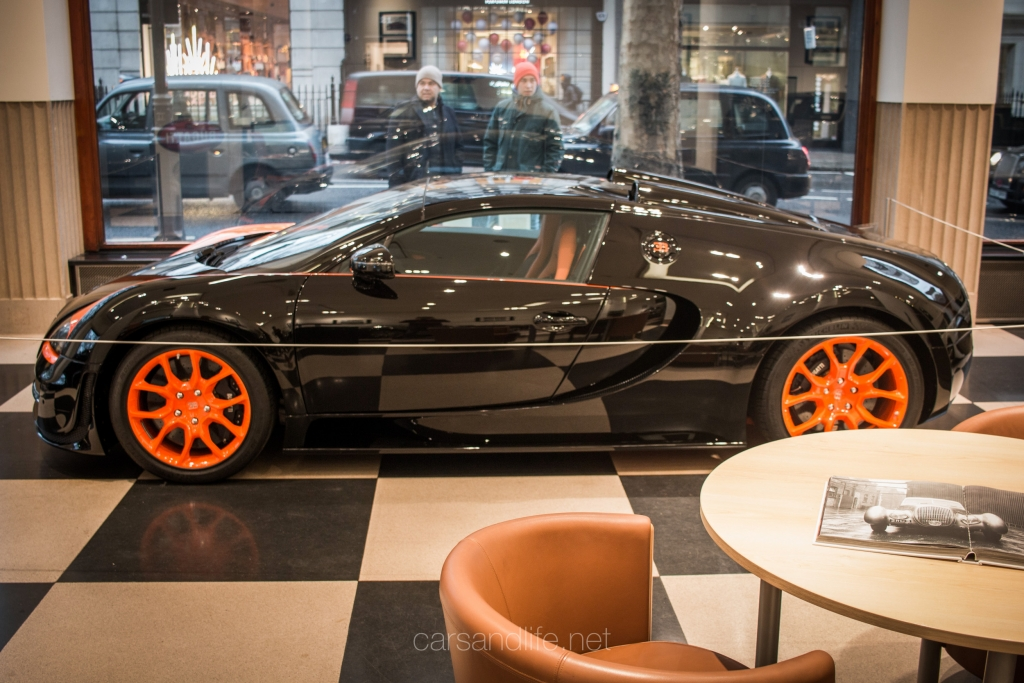 a second hand bugatti veyron grand sport vitesse wrc. Black Bedroom Furniture Sets. Home Design Ideas