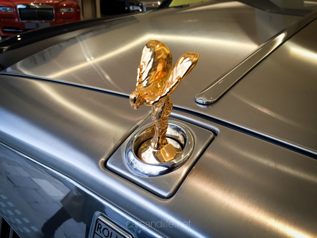 Rolls Royce Gold Spirit of Ecstasy
