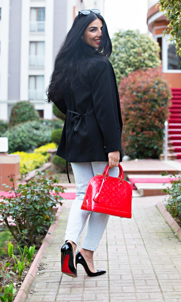 Christian Louboutin So Kate Duygu Senyurek
