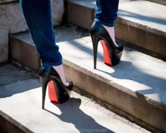 EngineeringInHeels Christian Louboutin Daffodile Heels
