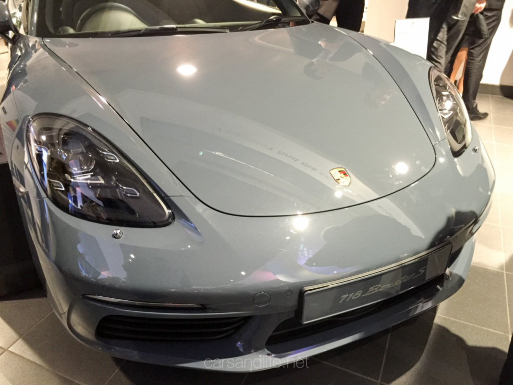 Porsche 718 Cayman London