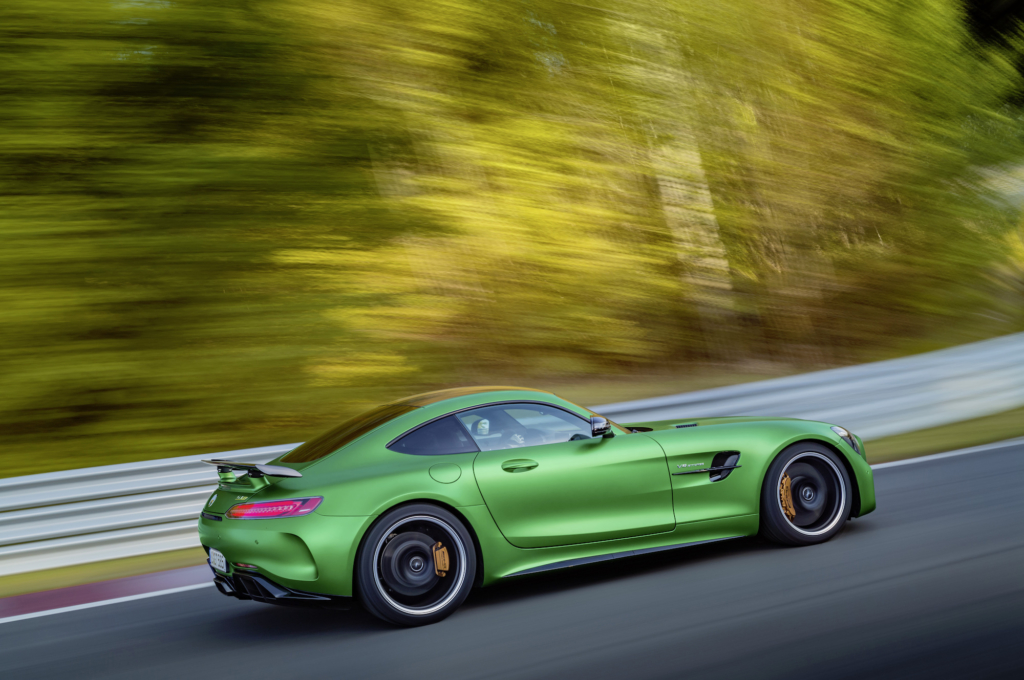 I Tried to Love the Mercedes-Benz AMG GT R