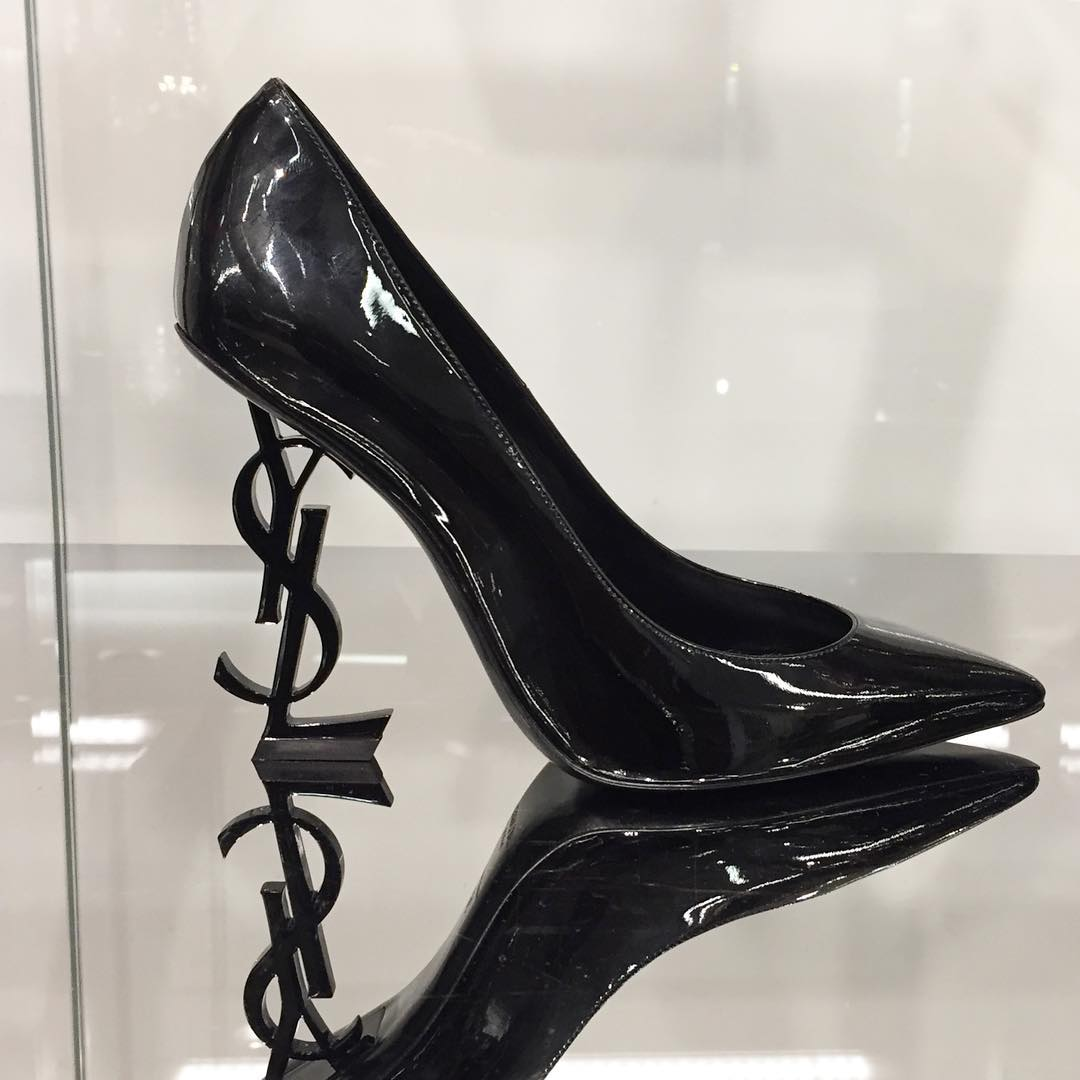 e9c5524993 YSL Paris Fashion Week Stiletto Pumps, YSL Shaped Heels!