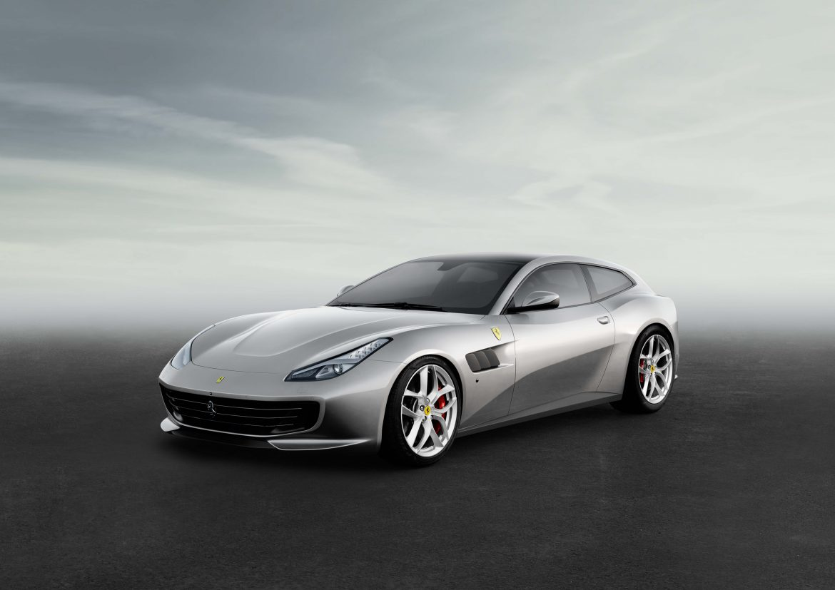 the new ferrari gtc4lusso and the gtc4lusso t. Black Bedroom Furniture Sets. Home Design Ideas