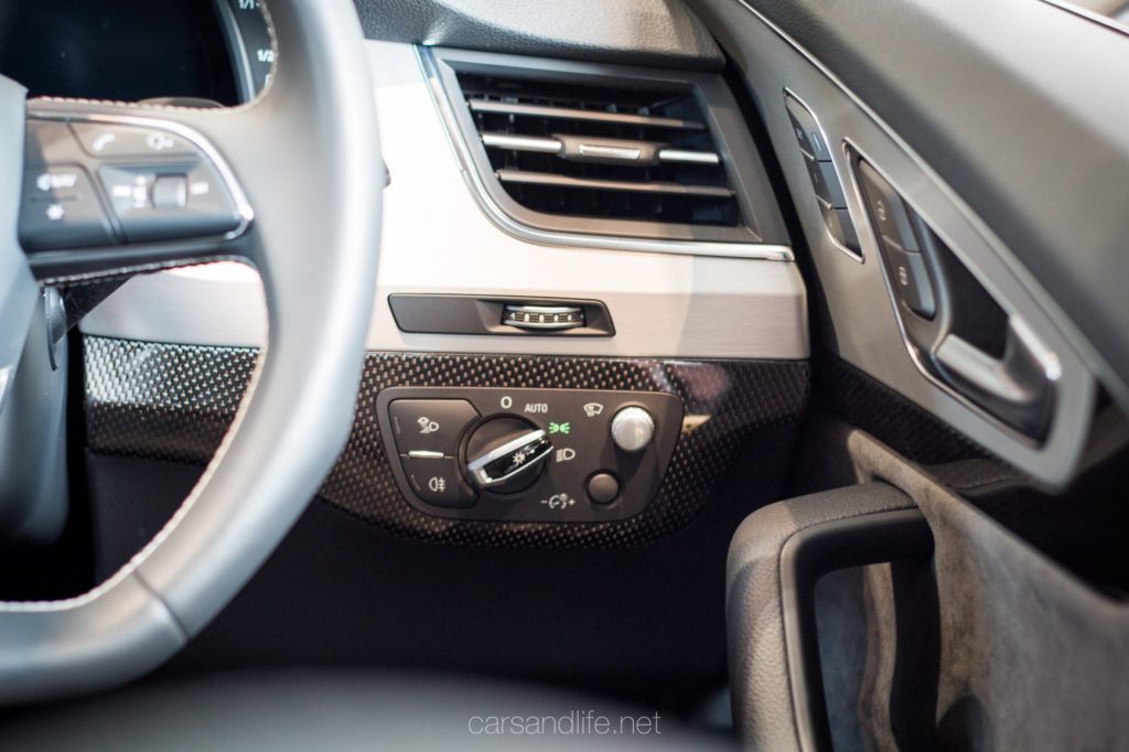 Audi SQ7 in London