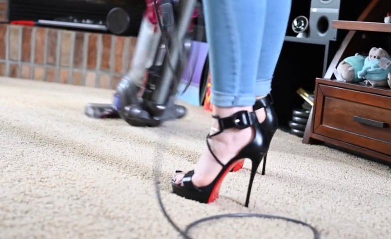 new style 3fa8d 3e63f Vacuuming in Christian Louboutin 150mm Choca - cars & life ...